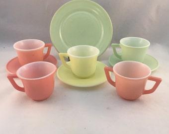 Vintage Hazel Atlas Pastelware, Moderntone, Little Hostess Party Set, 1950s