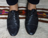 SALE 7 M Handmade leather oxfords black leather sole leather lined high quality smooth leather / 6.5 6 1/2 / low heel / low profile / pointy