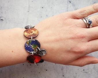 Solar system bracelet, planets bracelet, outer space bracelet, galaxy bracelet in shrink plastic