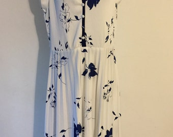 Hand made black and white dress Large
