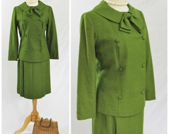 Vintage 60's Hal Krassel CALIFORNIA Peridot Green Peter Pan Bow Suit Double Breasted Jacket Box Pleat Skirt