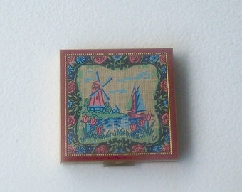 Vintage Zell powder compact Holland Dutch tapestry scene windmill gold tone