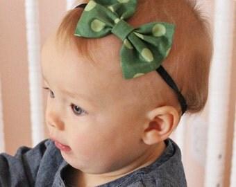 Green Polka dots bow