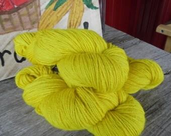 "100% Alpaca Worsted Yarn ""Sunny Lemon"""