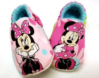 Minnie Mouse Baby Shoes,Pink Baby Shoes,Soft Sole Shoes,Rockabilly,Baby Booties,Toddler Slippers
