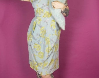 1940s Novelty Print Dress / 40s Music Note Dress