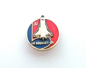 Space, Buran, Badge, Le Bourget, Shuttle, Cosmos, Rare Vintage collectible badge, Soviet Vintage Pin, Soviet Union, Made in USSR, 1980s