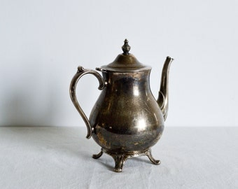International Silver Company Tea or Coffee Kettle-chabby chic-rustik-French silver kettle