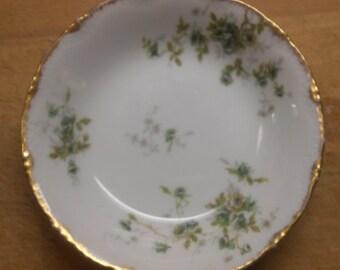 Haviland Limoges Schleiger 150q Berry Bowl