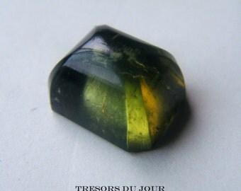 Green Tourmaline Sugarloaf Rectangular 15 carats Olive Tourmaline Loose Gemstone Olivine Tourmaline Cabochon Loose Stone Tourmaline Jewelry