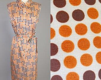 Mod 60s, 70s Vintage, Orange & Brown, Day Dress // Retro 1960s, Cream, White, 1970s Shirt Dress, Womans Size Large