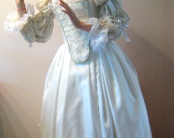 White Queen gown, Alice in Wonderland White Queen gown, 18th century gown, white fantasy gown