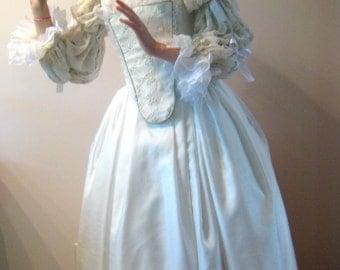 White Queen gown, Alice in Wonderland White Queen gown, 18th century gown, white fantasy gown
