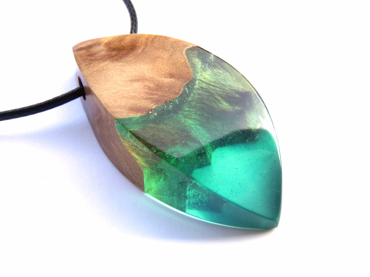 resin wood necklace epoxy resin wood resin jewelry resin. Black Bedroom Furniture Sets. Home Design Ideas