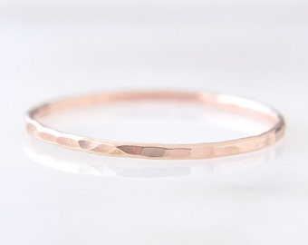 14K Solid Rose Gold Thin stacking ring - hammered faceted or grooved texture - delicate gold ring - simple dainty jewelry / Signe 1mm 14K