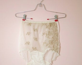 1960s Charmode White Embroidered Nylon Panties M