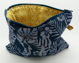 Pencil case, make-up bag, zip purse, cosmetic bag. Grey tropical leaf print lined zip bag. Jewellery bag, zip pouch, toiletry bag.