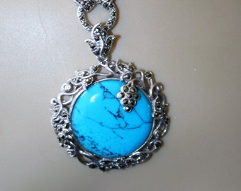SALE...Sterling silver natural   turquoise  necklace -just stunning