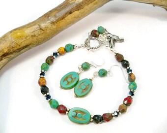 Women's Single Strand  Beaded Bracelet, Czech Glass Beads, Hummingbird Charm, Jewelry Set, Bracelet and Earrings, Minimalist Bracelet