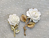 Rose Brooch 2 Large Scatter Pins Vintage Jewelry White Lucite