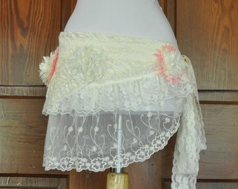 WRAP Belt , Ivory Lace Ruffled Wrap Belt, Mini Skirt, Belt, Wedding, Barocco, Steampunk, Bohemian, Gypsy, Belly Dance, Costume Party