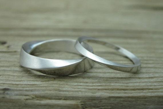 His And Hers Wedding Rings Set Mobius Rings set Mobius