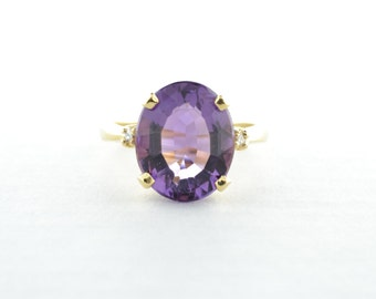 Amethyst and Diamond 14K Yellow Gold Ring - Size 5.75