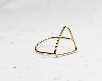 Minimalist Arrow Ring - Geometric Triangle Ring - Jeweler's Brass or Silver - Floating Ring