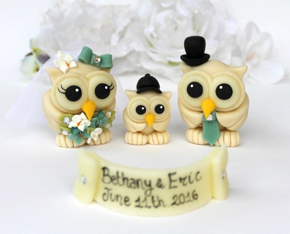 Wedding owl cake topper, custom love bird cake topper with baby, owl family, PerlillaPets