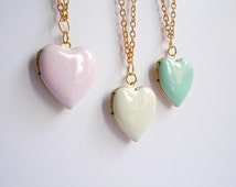 Heart locket necklace. Pink or White or Mint necklace. Gold tone. Pastel enamel locket. Spring necklace. Romantic. Tender