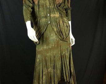 Camo shirt skirt 90s avant garde grunge clothing Rayon vintage top Oversized jacket camouflage skirt Moss green midi skirt 2 piece set S