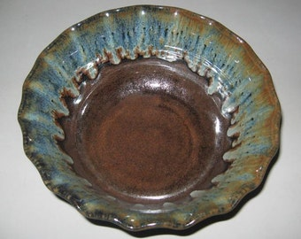 Pottery Fruit and Salad Bowl, 1.5 qt in Rainforest Brown, Wheel Thrown