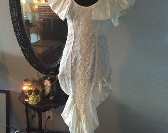 "Ivory Karen Okada for David Howard ""Climax"" Wedding Dress Sz 5/6"