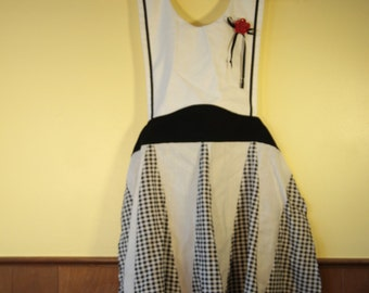 1950's inspired Handmade Apron, Black and White Checkered, Gingham, Plaid, Red Flower, Smock, Vintage Retro pattern, Full Apron, Hostess