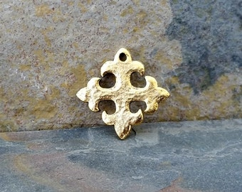 Celtic Cross Charm Pendant Hammered Gold Pewter C114,hammered gold charms,celtic cross charm,celtic cross pendant,gold cross charm