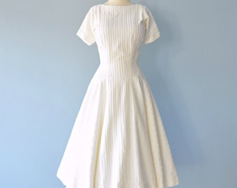 Vintage 1950s Dress...ANNE FOGARTY Winter White Embroidered Wedding Dress