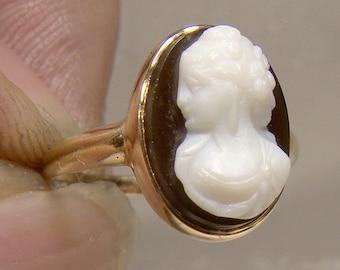 Victorian 14K Black White Sardonyx Cameo Ring 1870s 14 K Size 3-1/2