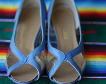 Vintage Blue Leather Clear Plastic Wedge Open Toe Slip On California Magdesians Shoes Womens 7.5
