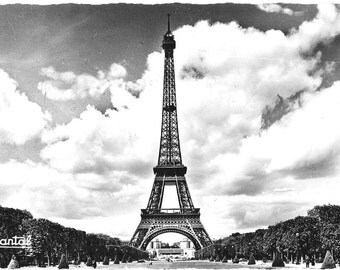 La Tour Eiffel - Eiffel Tower, le Champ de Mare, Paris, France, 1962 Vintage Used Real Photo French Postcard by Editions Chantal, card 71