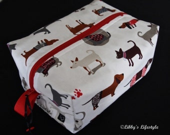 Dogs toiletry bag. Handmade. Moisture resistant travel bag.