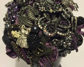 Goth style wedding brooch bouquet