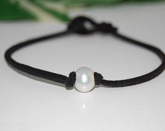 Genuine Pearl Bracelet,Freshwater Pearl Bracelet,Pearl Bracelet,Pearl Bridesmaid Jewelry,Genuine Pearl,White Pearl Bracelet,Woman,Girl,Chick
