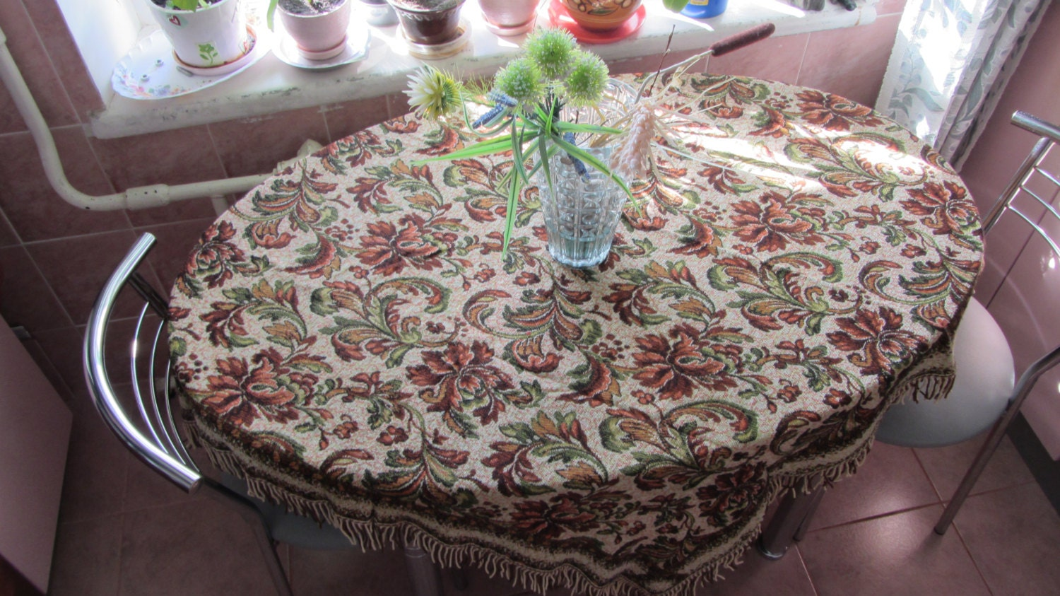 Vintage Germany Square Tablecloth, fringe edges, Wall Decor Carpet, German Decor