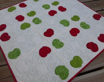 Apple Quilt Wallhanging