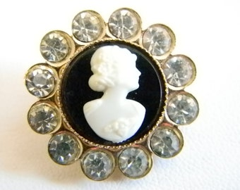 Vintage Round Gold Tone Lucite Cameo with Clear Crystals Pin Brooch