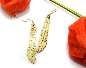 Ocean Dangle Earrings Sea Animal Earrings Filigree Brass Earrings Fish Earrings Gift for Her for women Sea Life Earrings