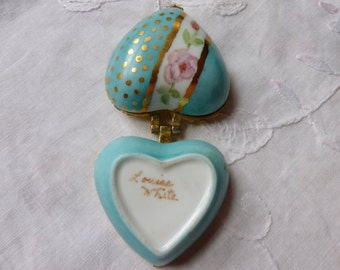 Porcelain heart shape trinket box