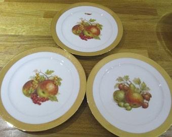 Czechoslovakia gold rim fruit plates x 3  {ref 3}, gold rim plates