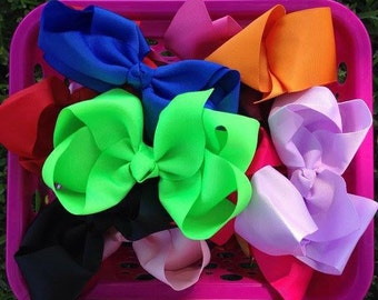 Hair bow bundle! Boutique hair bow lot! 8 inch hairbows. Basic boutique solid hairbows! You choose how many!