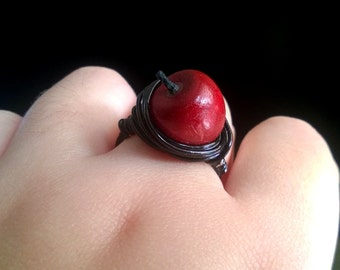 Fall Red Apple Wire Wrapped Ring, Fall Ring, Apple Ring, Autumn Ring, Fall Jewelry, Apple Jewelry, Snow White Cosplay, Snow White Ring